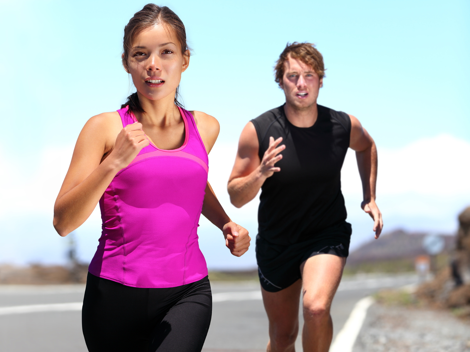 bigstock-Runners--couple-running-train-29781470
